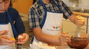 Petit pâtissier Fondation Nestlé France Les enfants à table