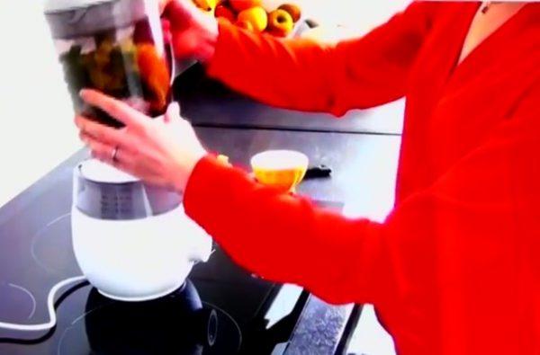 Vidéo Recette de cuisine pour bébé avec le robot 4 en 1 Philips AVENT